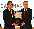 Pankobirlik Genel Başkanı Recep Konuk'a Ödülü Başbakan Recep Tayyip Erdoğan Verdi