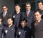 PANKOBİRLİK Genel Başkanı Recep Konuk ve Şekerspor Yönetim Kurulu Güreş Milli Takım kampını ziyaret etti.
